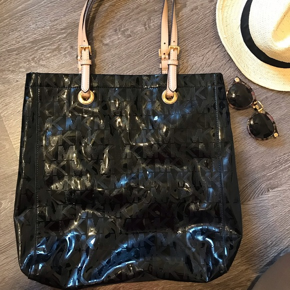 c0d068b3a1b2 MICHAEL Michael Kors Bags | Michael Kors Jet Set Mirror Patent ...
